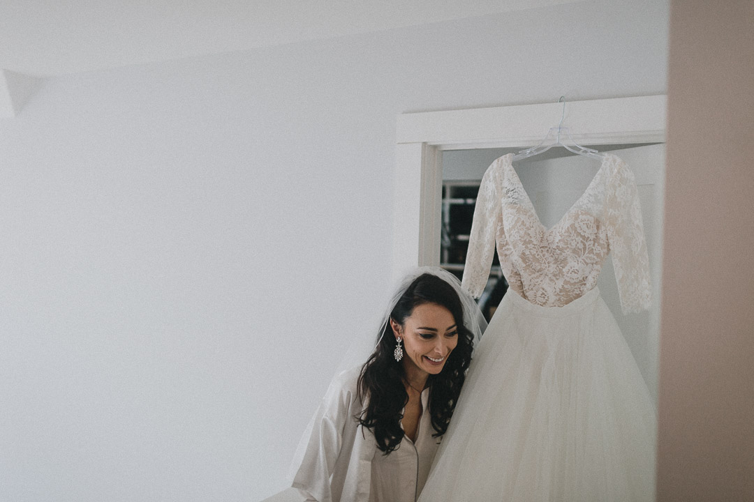 Liuna Station Wedding hamilton wedding photography by toronto wedding photographer evolylla photography 0014.jpg