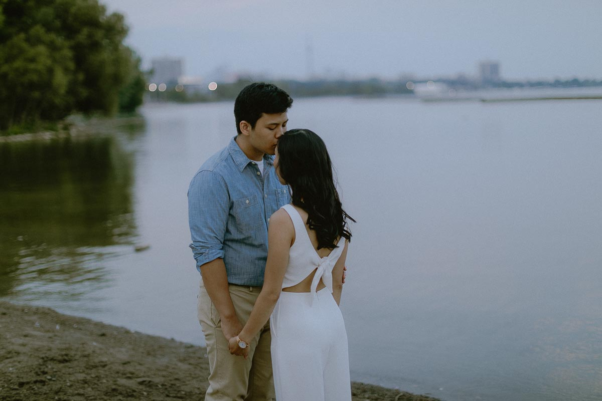 toronto engagement photographer 0009.jpg