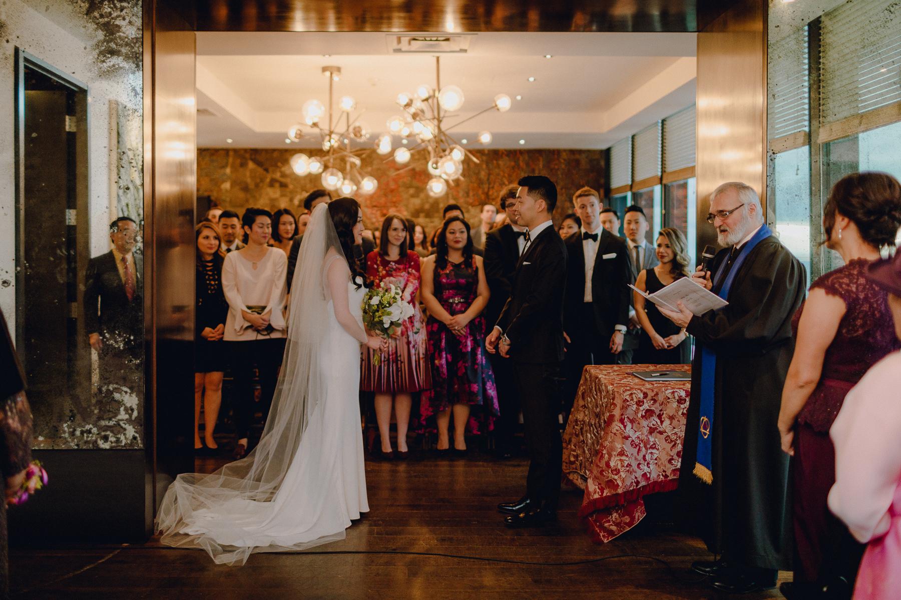 cannoe-restaurannt-wedding 0052.jpg