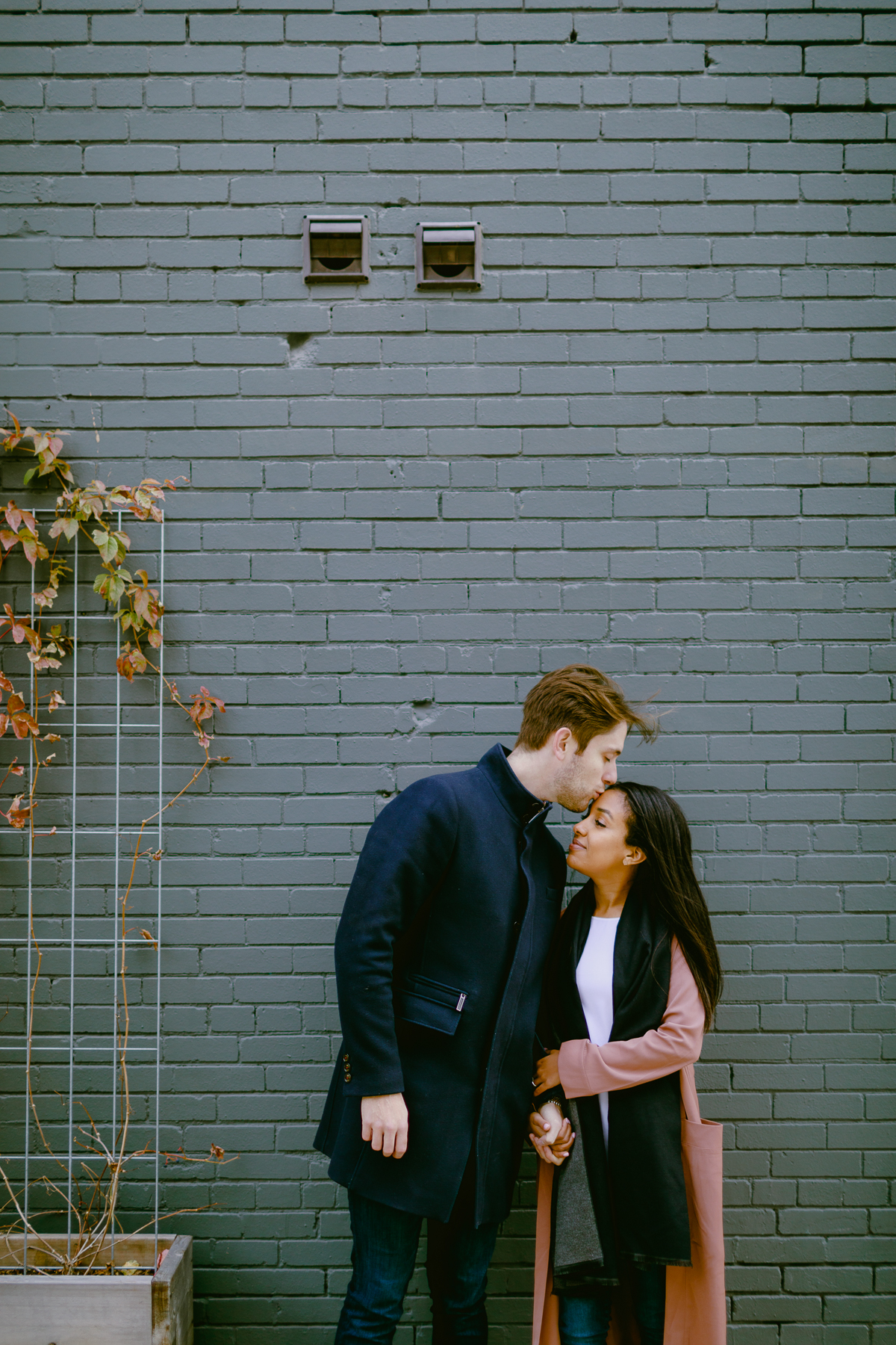 toronto-engagement-photos-leslieville-engagement 0002.jpg