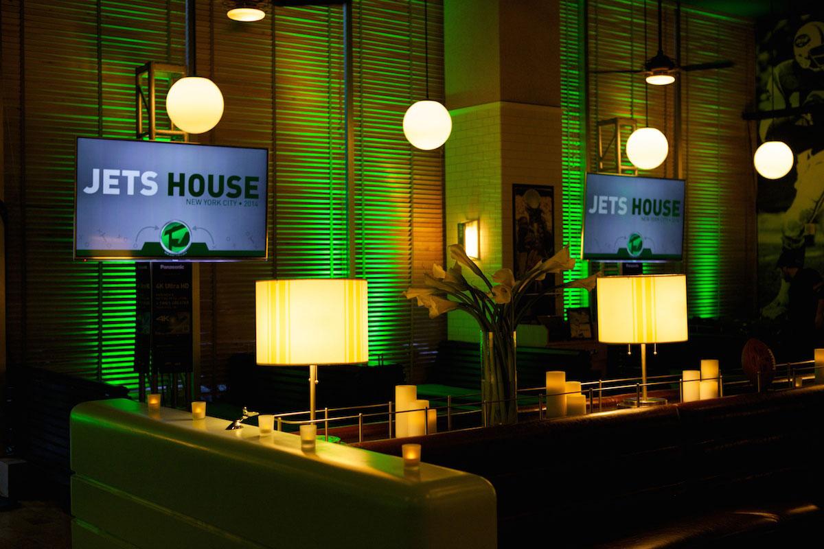 Jets-House-2014-04.jpg