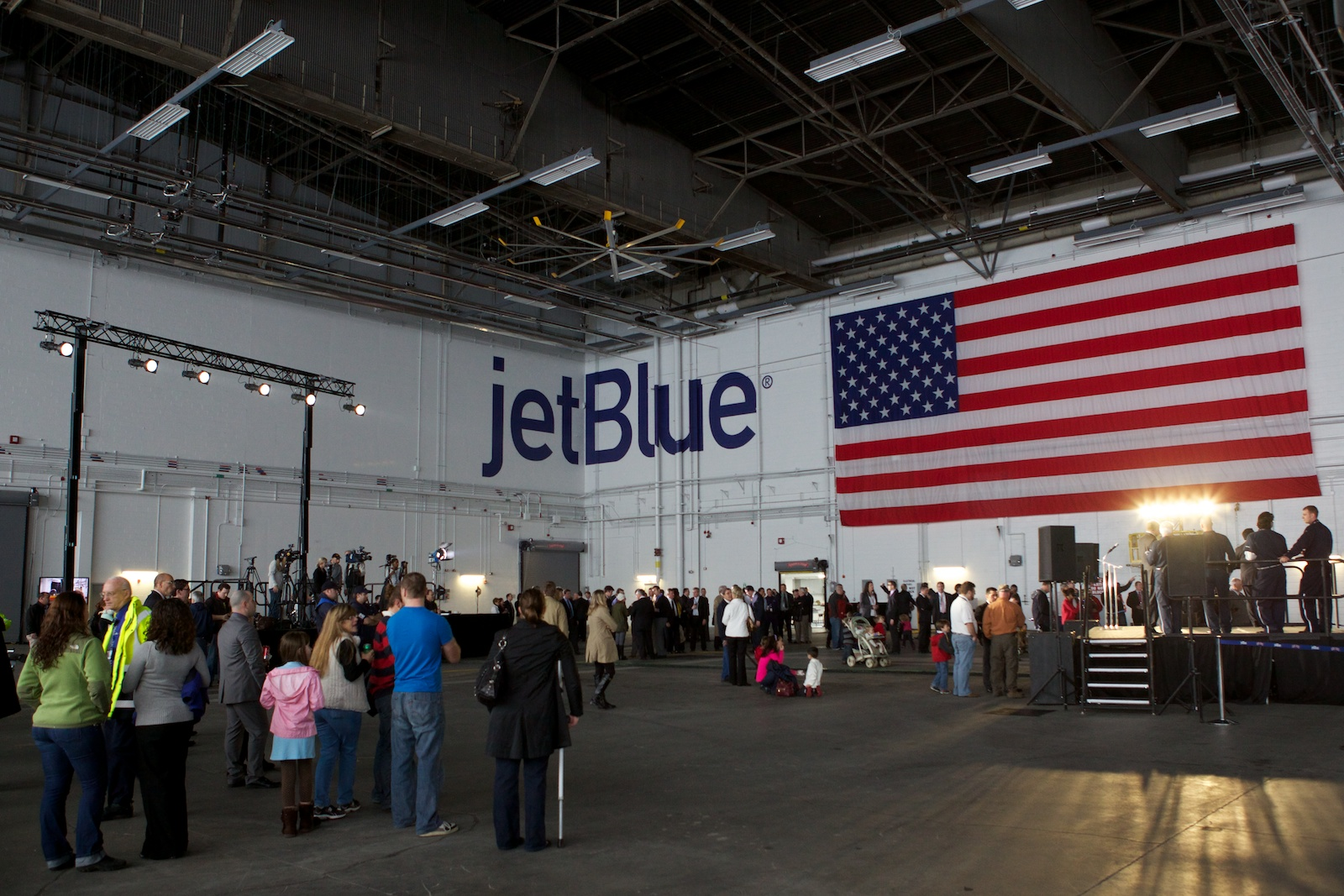 jetBlue Logan 20.jpg