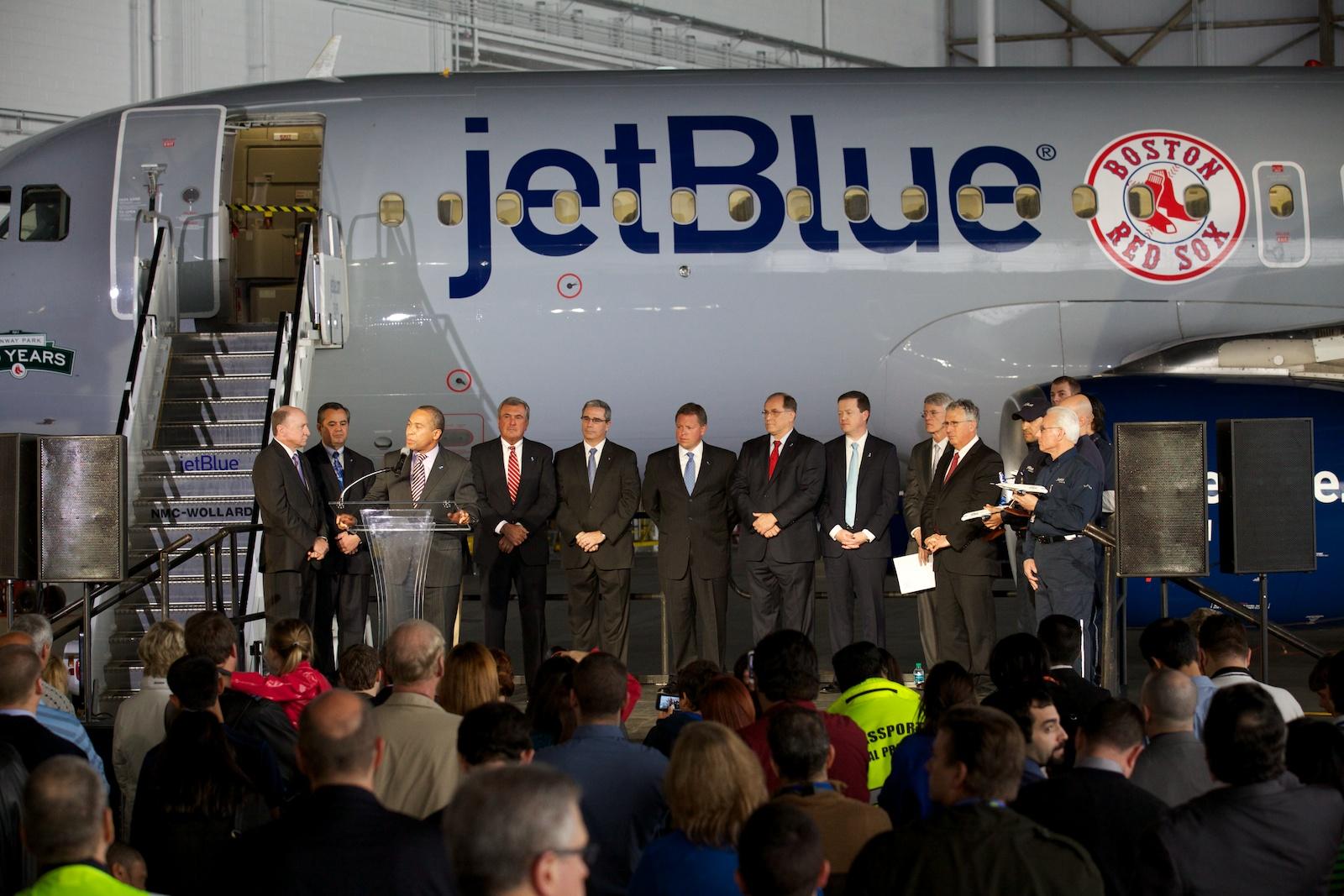 jetBlue Logan 41.jpg