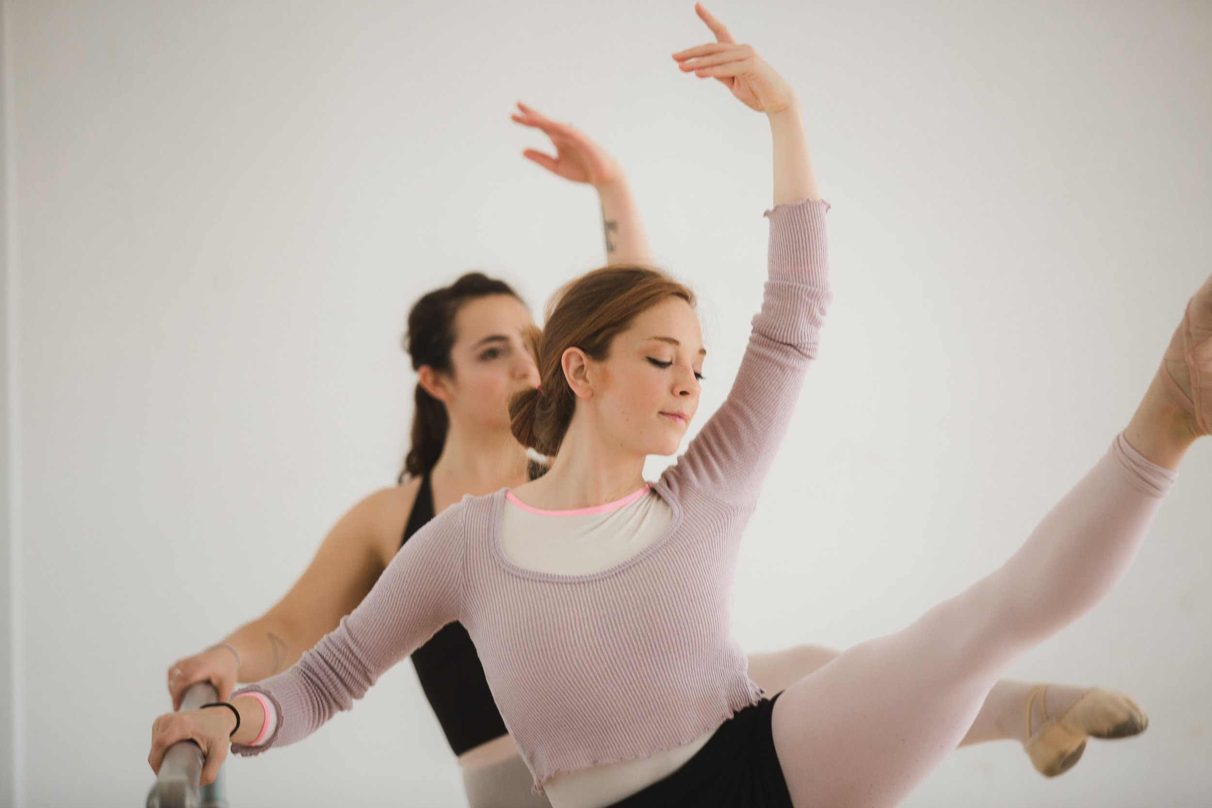 two-dancers-kick-high_4460x4460.jpg
