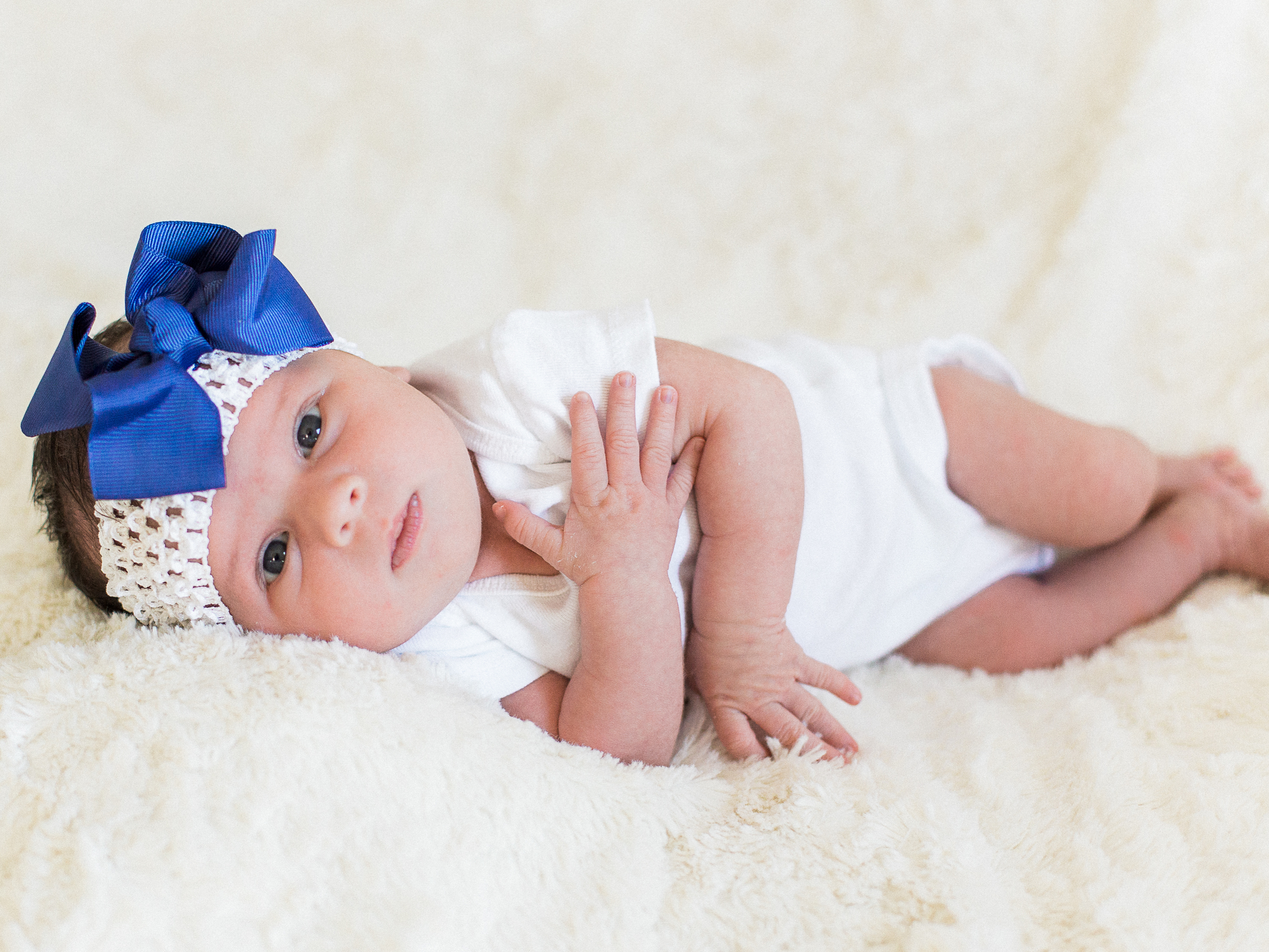 Lifestyle Newborn Session // www.kristalajara.com