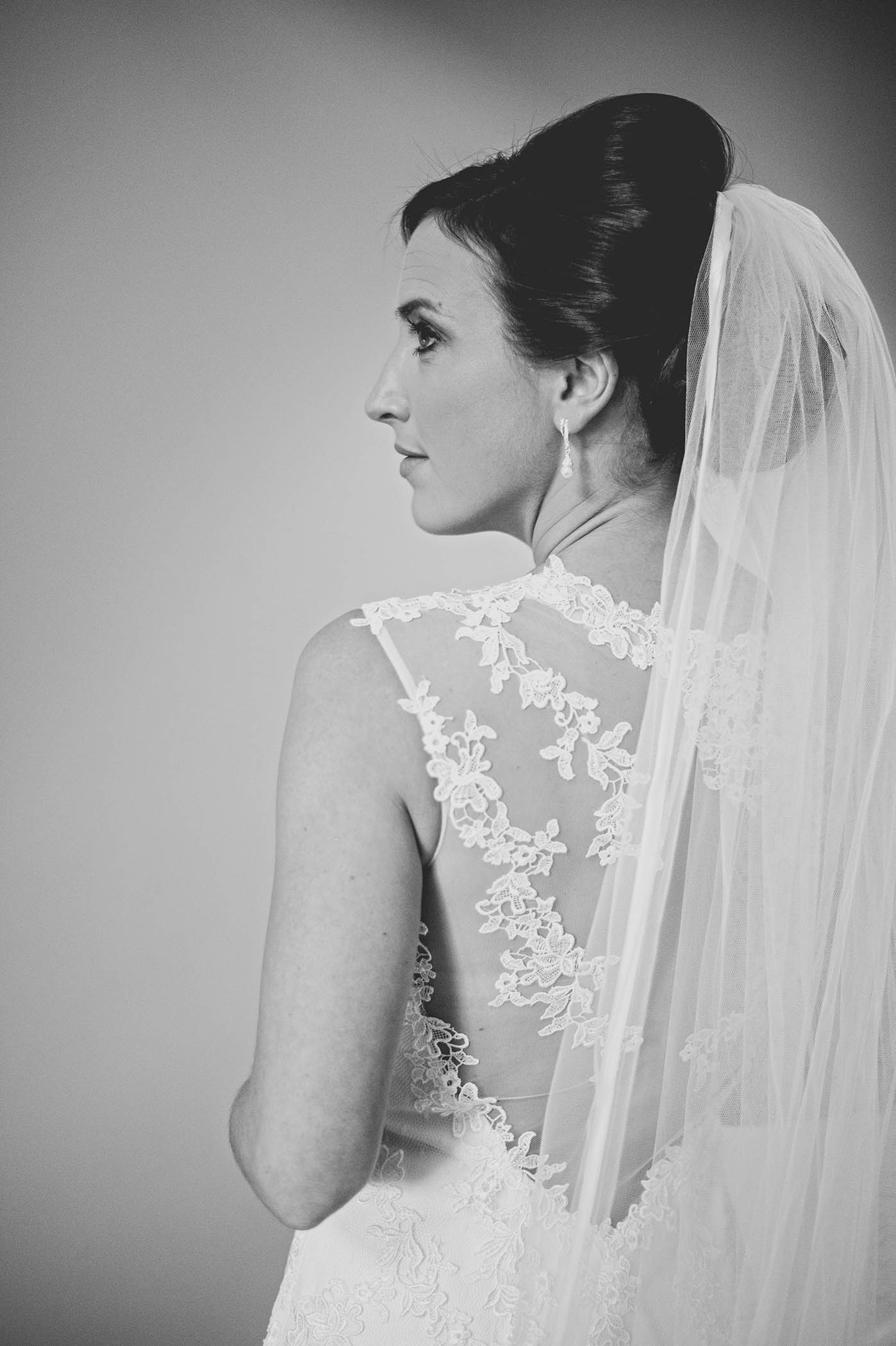 Brooklodge Hotel bride