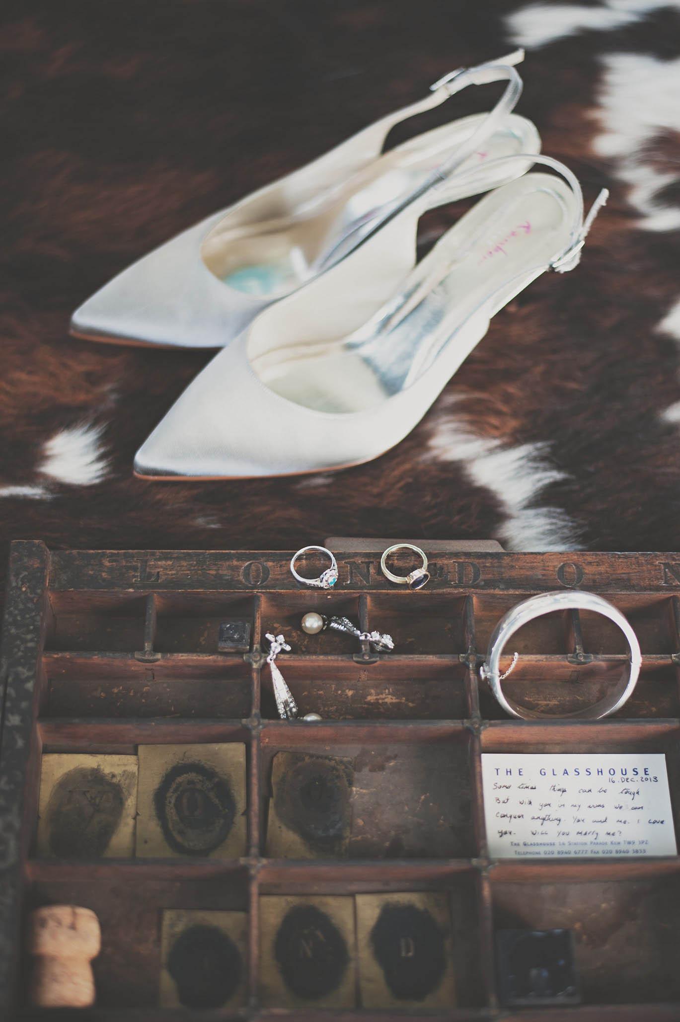 Bellinter House wedding, brides accessories