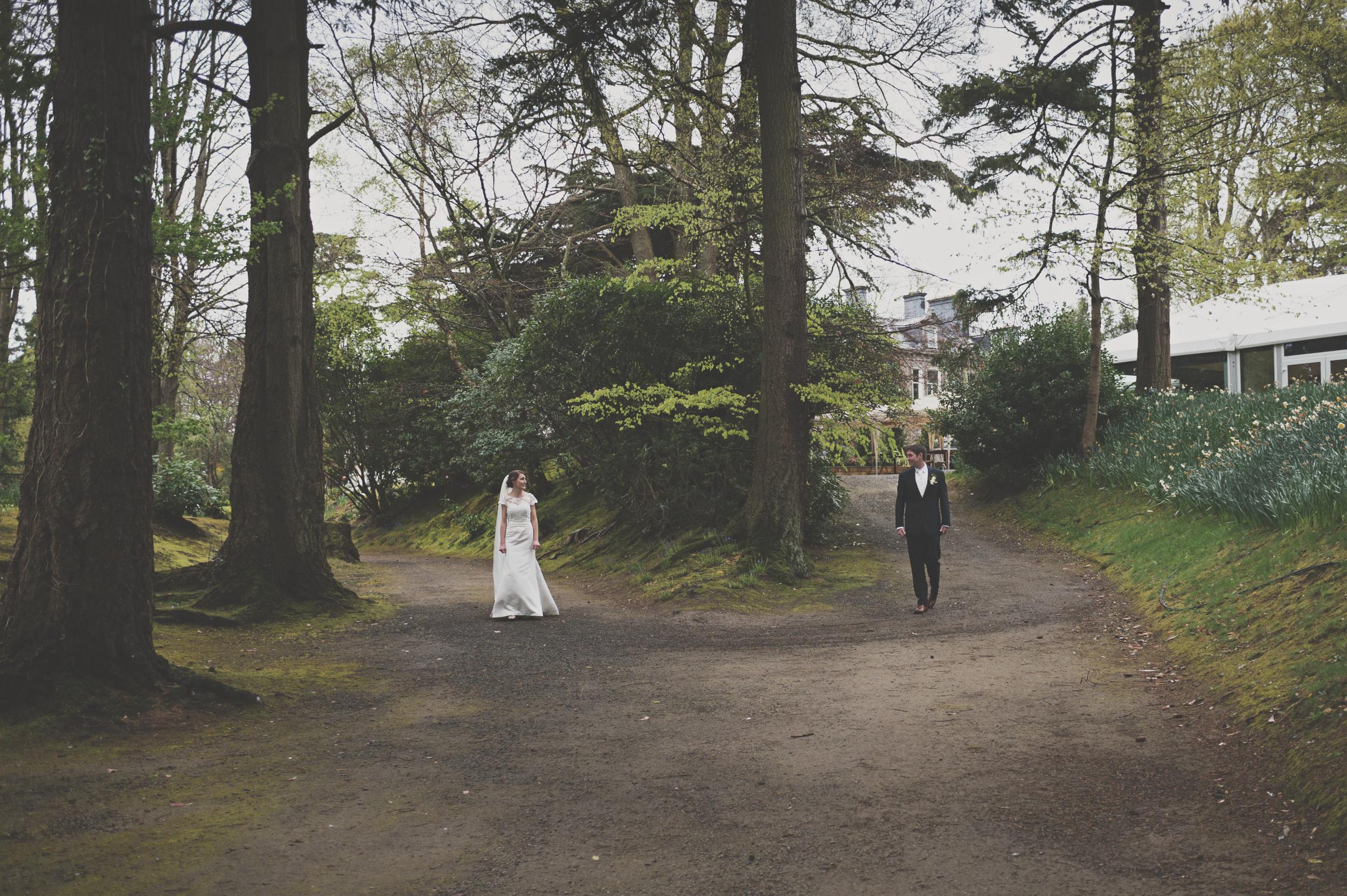 wedding couple on Tinakilly House grounds