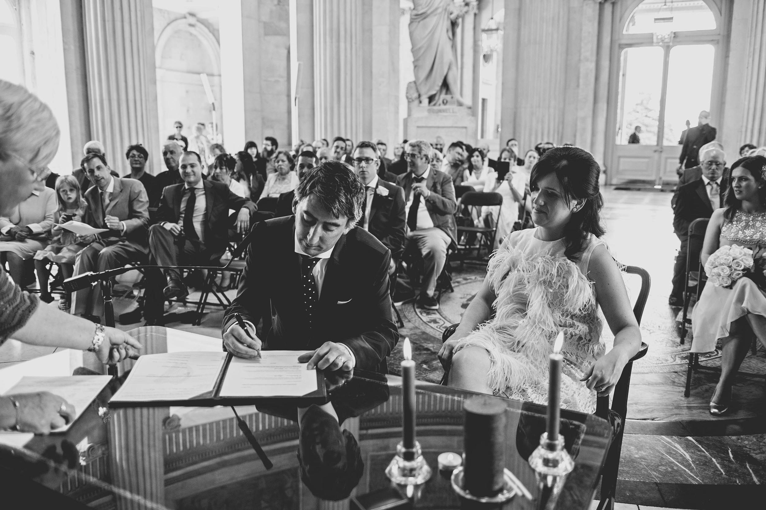 Caroline & Robin's City Hall Wedding 036.jpg