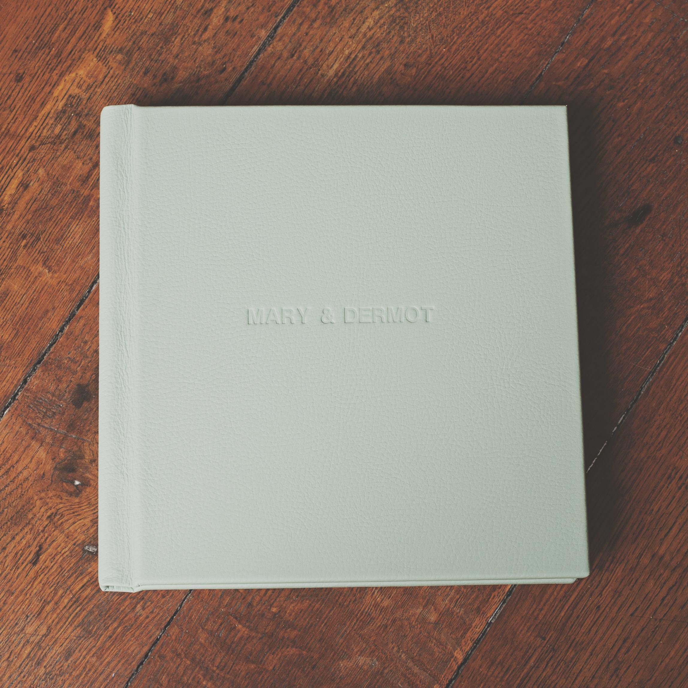 The Album003.jpg