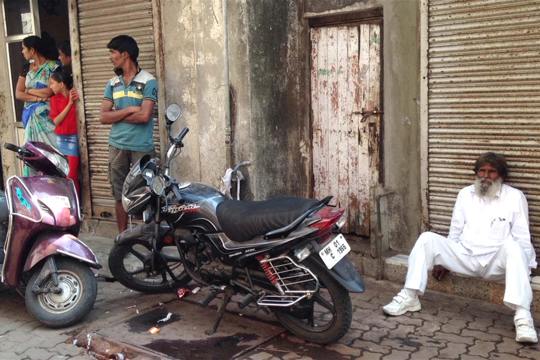 indiabikes.JPG