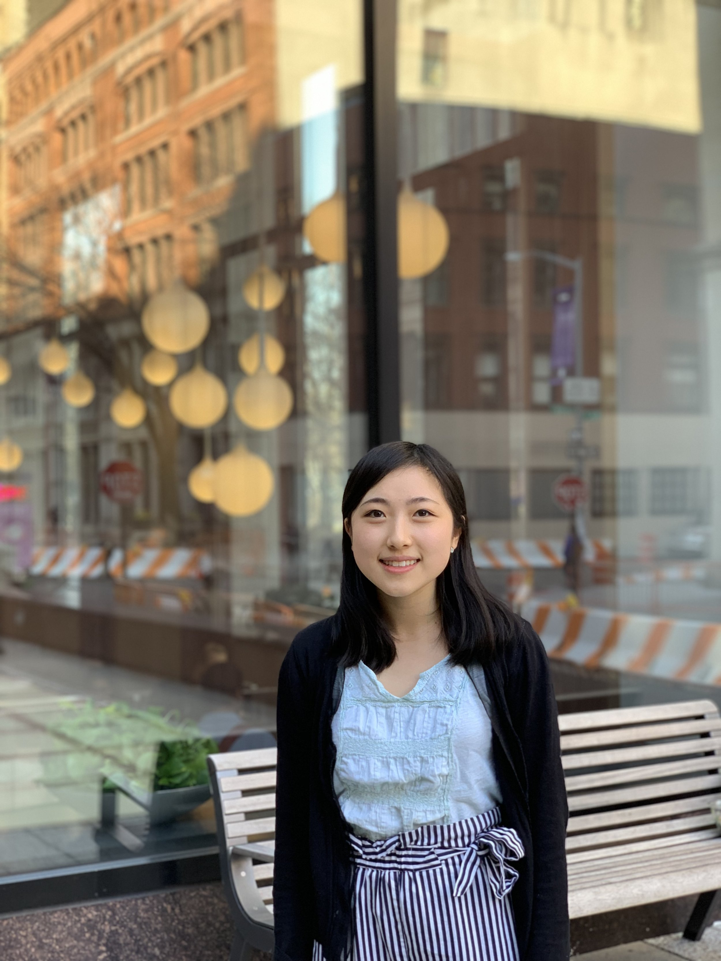 Jada Yang    Long Short Analyst   Jada Yang is a sophomore concentrating in finance and sustainable business with a double major in art history. In her free time, she enjoys dancing, choreographing, watching standup and sketch comedy shows, and FaceTiming her cat, Cookie.