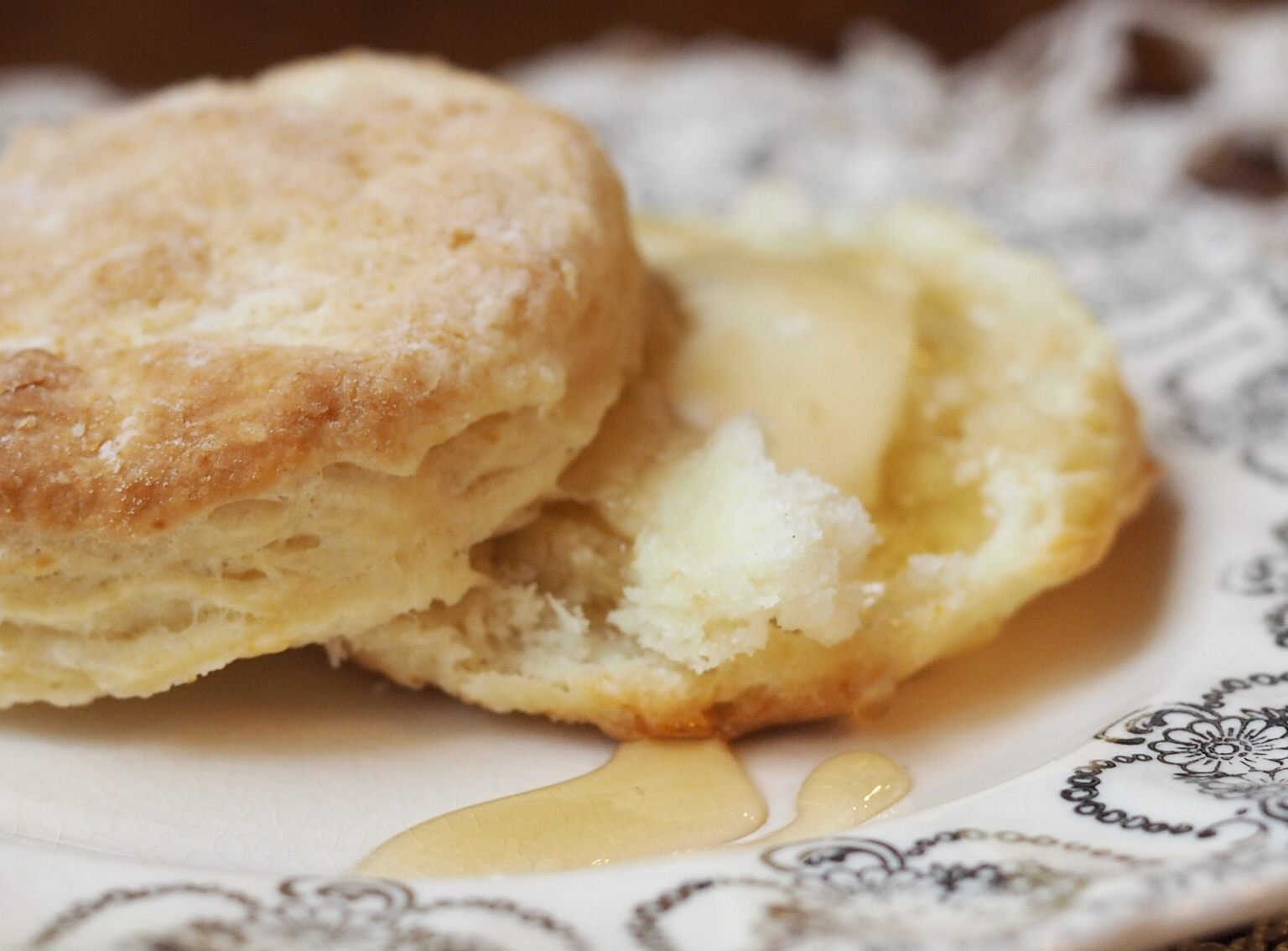 Flakey Buttermilk Biscuits