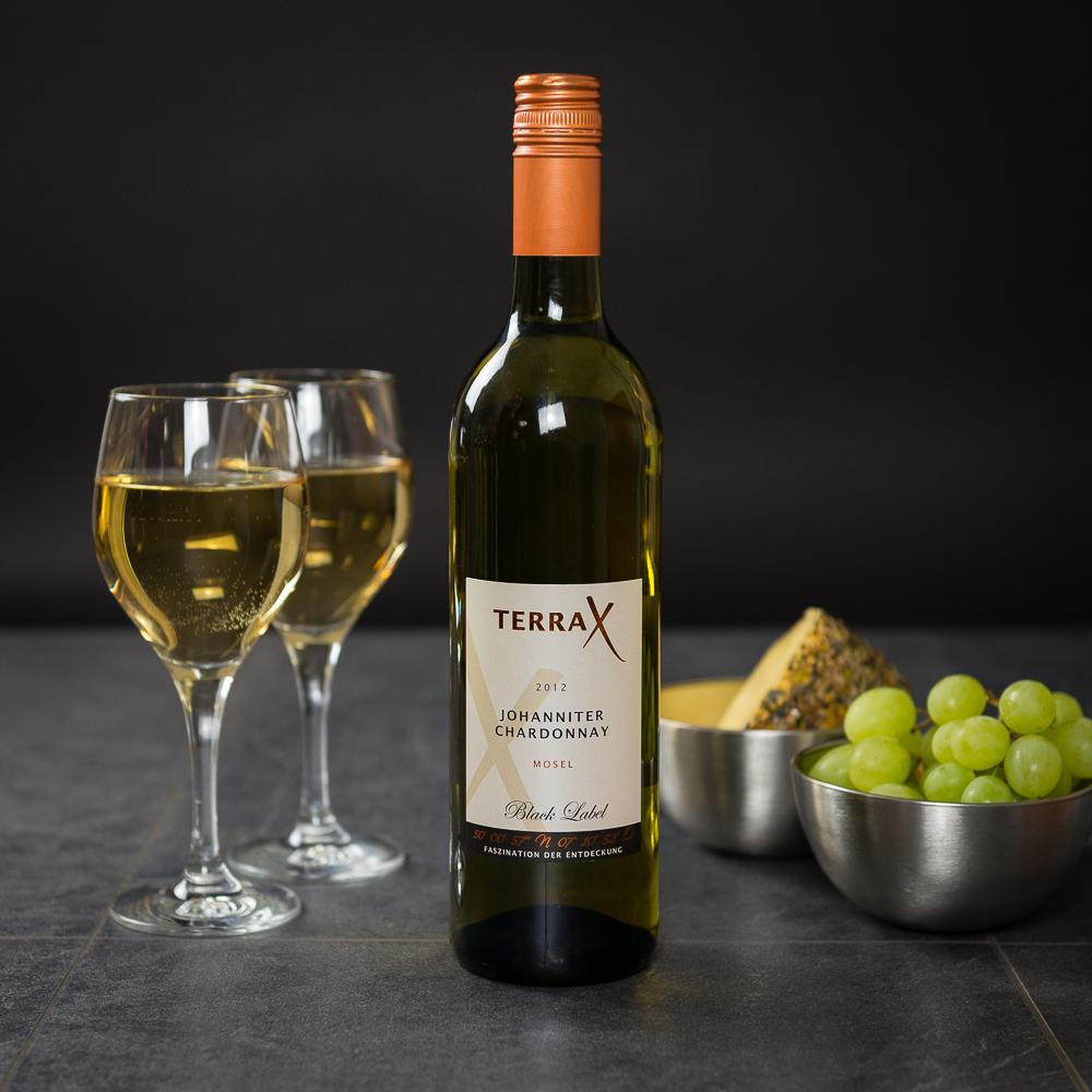 WEINGUT SCHIER & BRAUN - TERRA X Johanniter Chardonnay %22HAND IN HAND%22.jpg
