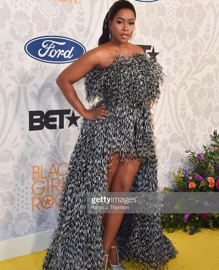 To view the full articles - https://theglowup.theroot.com/royalty-in-our-dna-black-girls-rock-the-stage-the-sc-1837978441https://www.goodmorningamerica.com/style/story/ciara-angela-bassett-wore-2019-black-girls-rock-651952