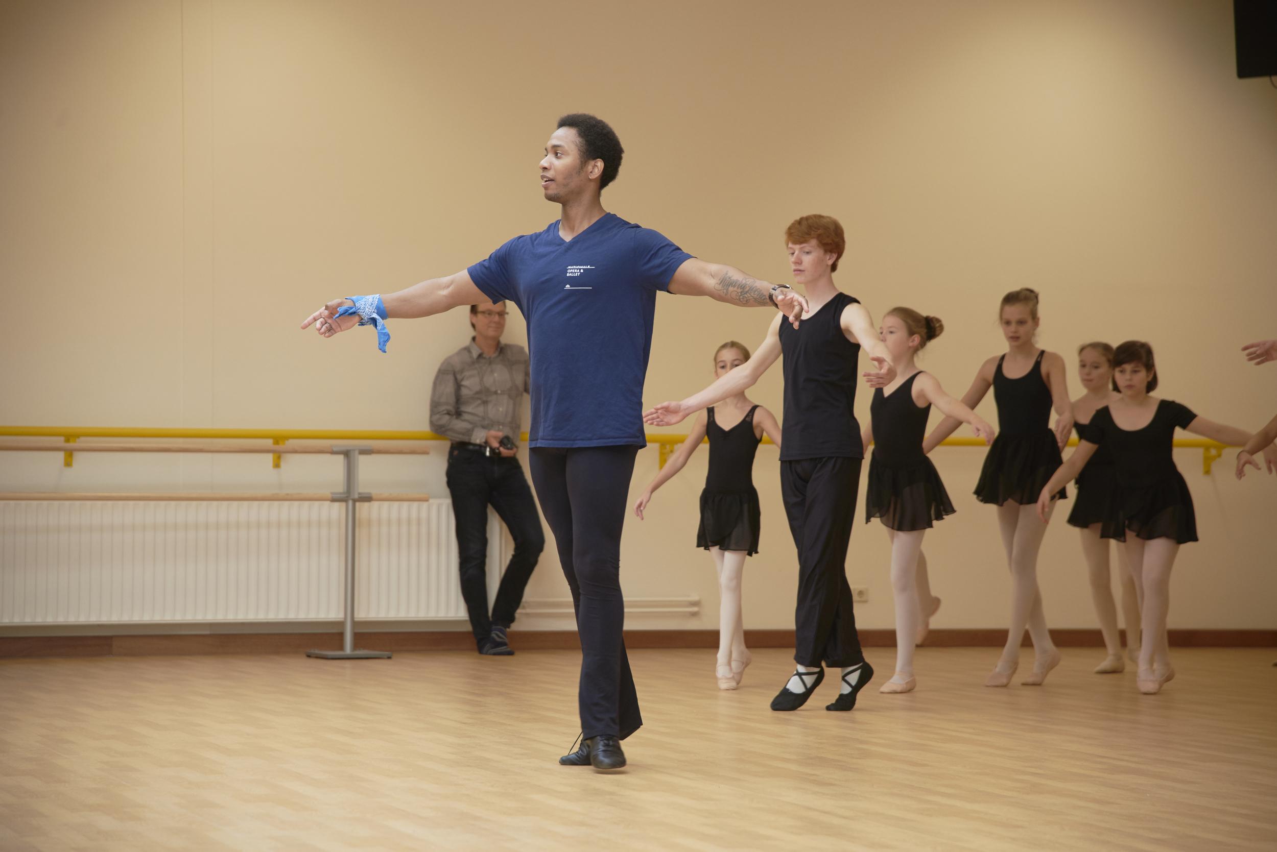15_10_25_Balletschool Attitude 10 jaar_NIKON D610__DSC2053_PSD.jpg