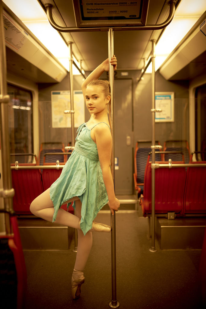 16_05_07_NIKON D750_Ballerina Tessa Amsterdam BTS__DSC0357_PSD_Web.jpg
