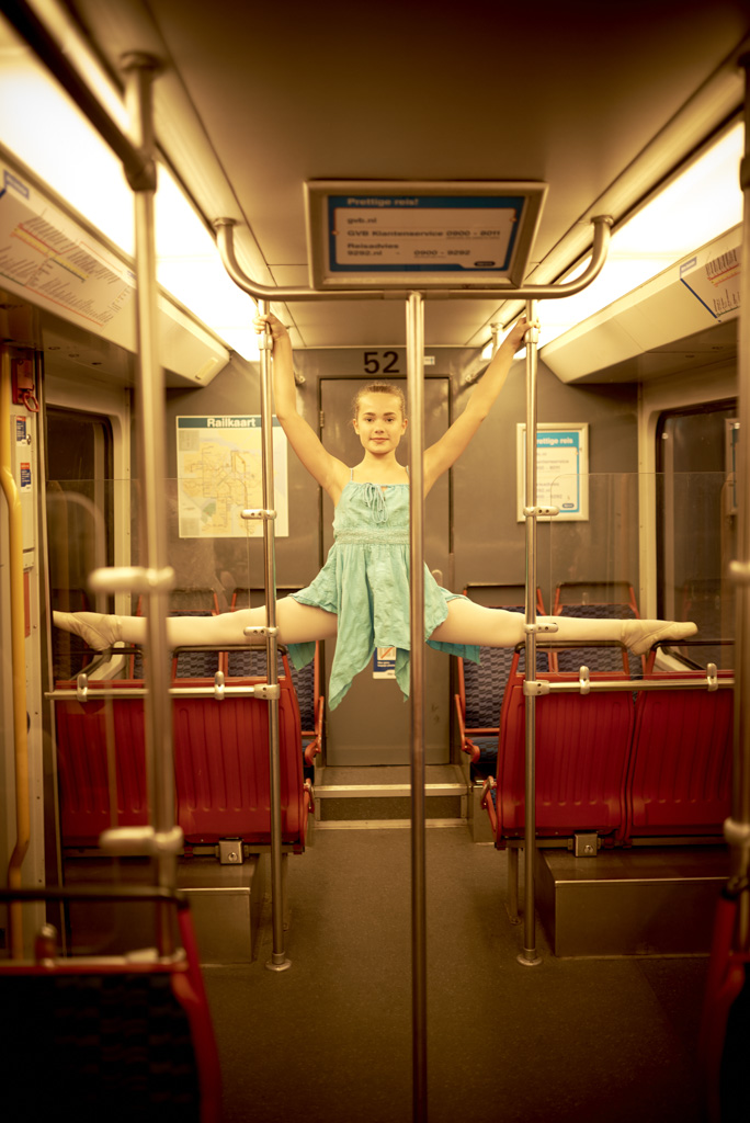 16_05_07_NIKON D750_Ballerina Tessa Amsterdam BTS__DSC0372_PSD_Web.jpg