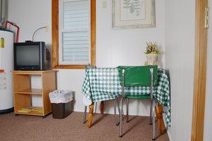 Lucky Horseshoe Cabin #20 - Interior Living : Dining.JPG