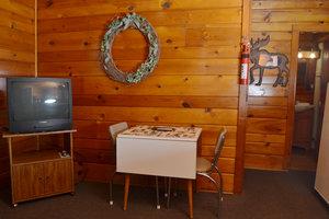 Lucky Horseshoe Cabin #19 - Interior Living:Dining.JPG