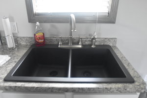 Lucky+Horseshoe+Cottage+#17+-+Interior+Kitchen+Sink.jpeg