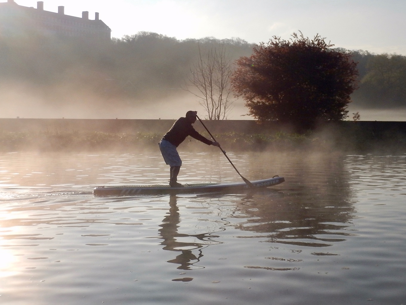 SUP Dawn Patrol Richmond Upon Thames.JPG