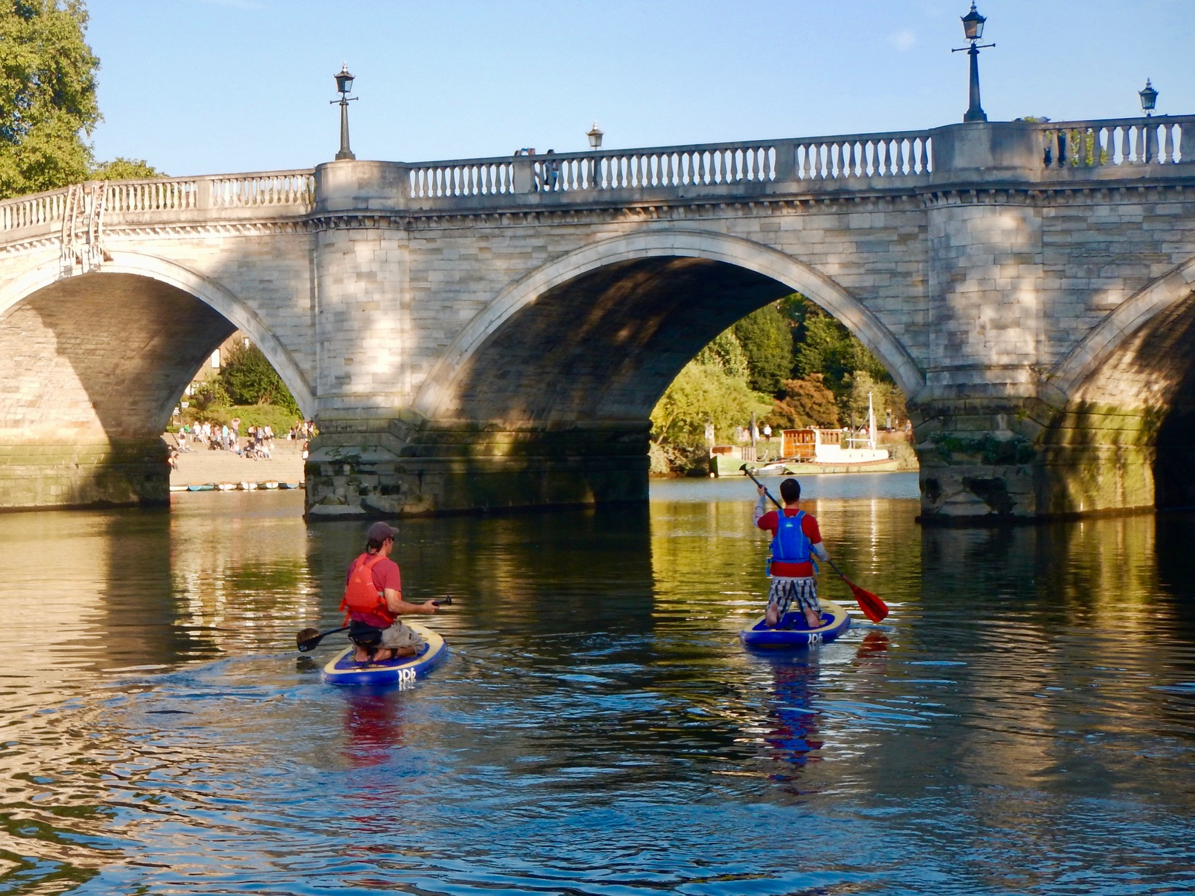 Paddleboarding for Beginners - Richmond Upon Thames