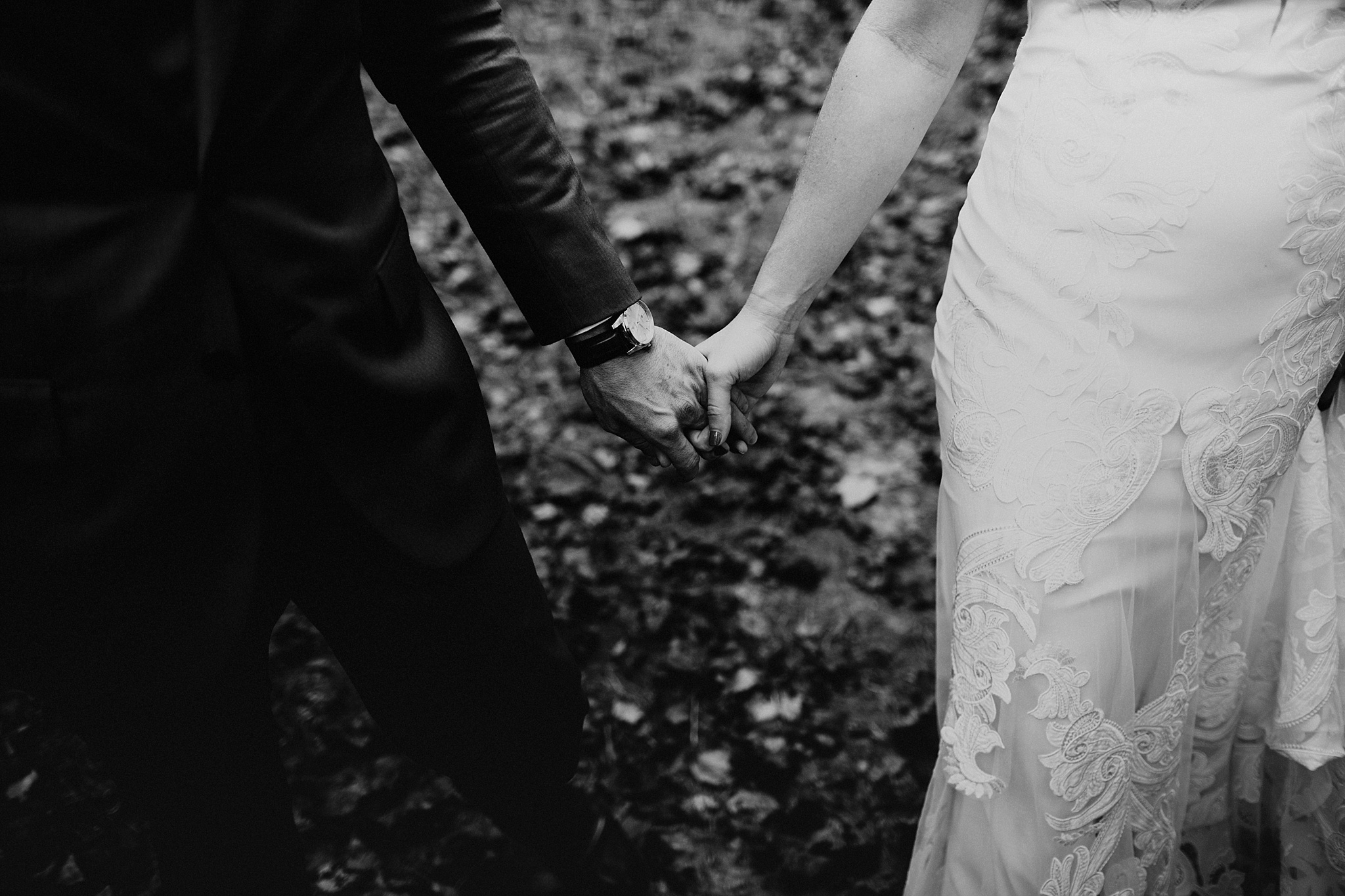 sugarboo_farms_intimate_mountain_wedding024.JPG