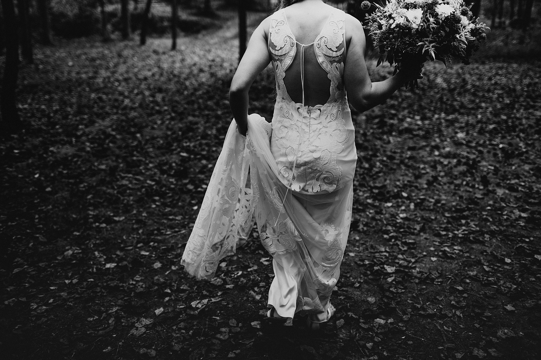 sugarboo_farms_intimate_mountain_wedding048.JPG