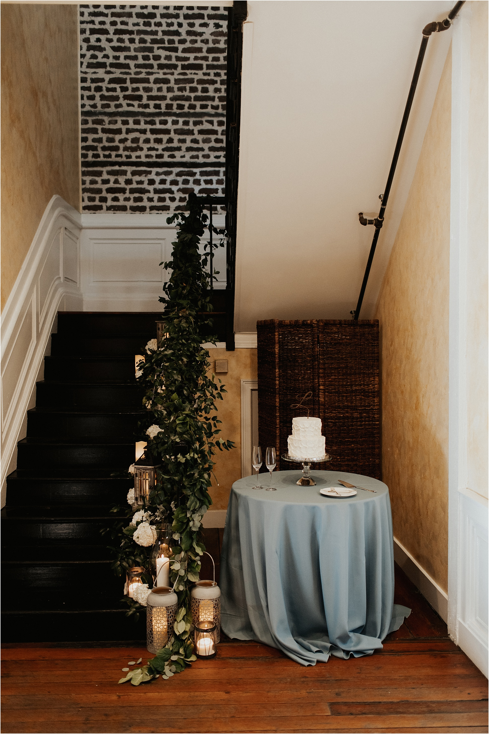 upstairs_midtown_intimate_charleston_wedding040.JPG