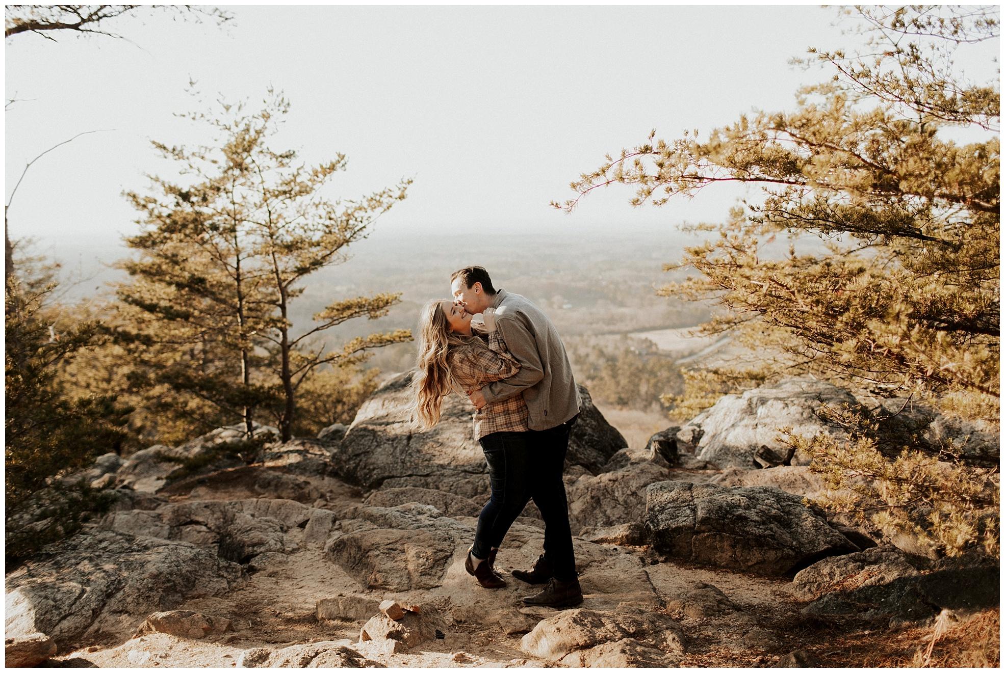 Sawnee-Mountain-engagement002.JPG