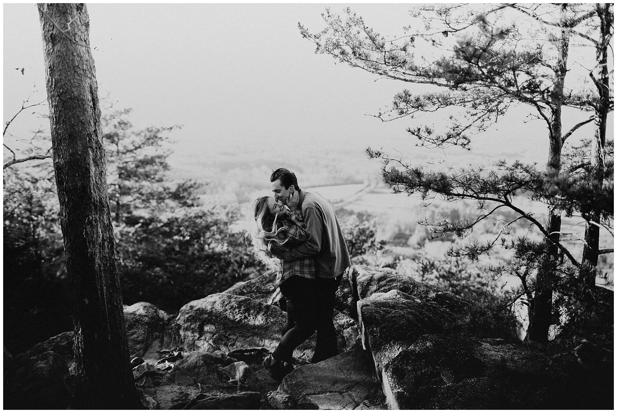 Sawnee-Mountain-engagement015.JPG