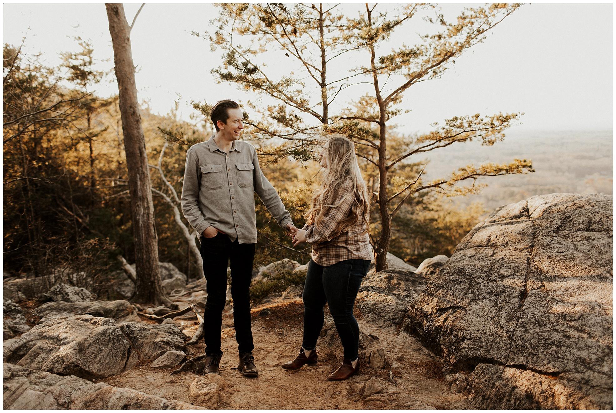 Sawnee-Mountain-engagement018.JPG