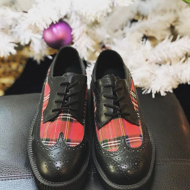 This holiday season wear something you can be proud of without breaking the bank 45.00.  #tuk #tartanshoes #clanwars #mensfootwear #underthekilt #happyholidays #brogueshoes #bagpipes #lehimainstreet #localfirst #proudscot