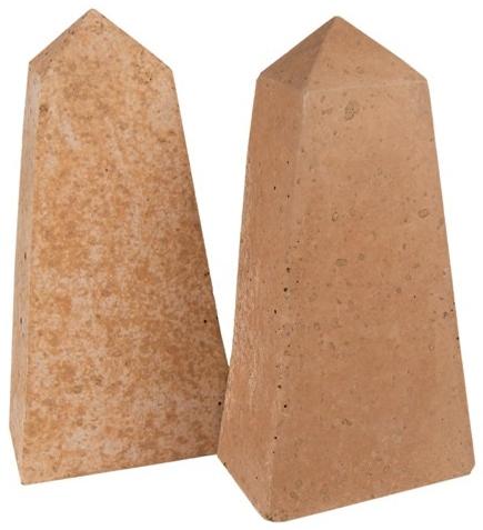 Obelisks (geo-ot-2)