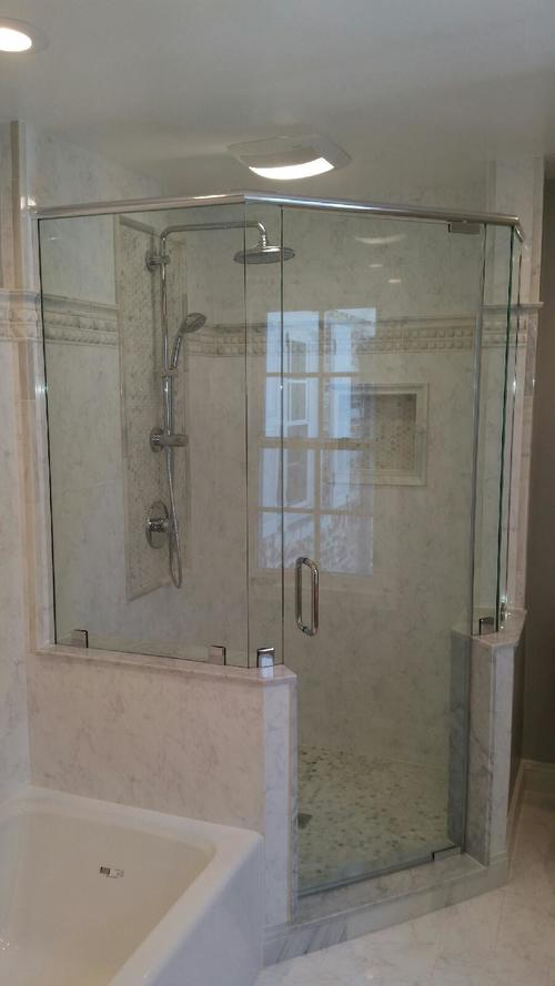3/8'' Frameless Clear Glass Pivot Door w/ Buttress Neo Angle Panels w/ Clamp System