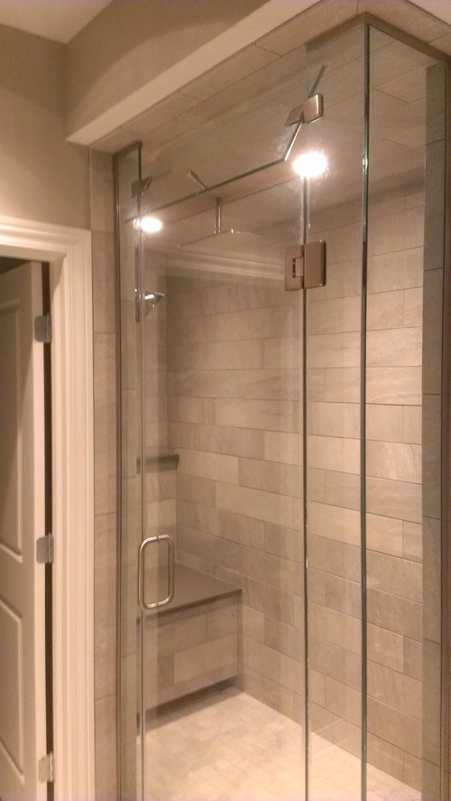 3/8'' Frameless Clear Glass, Glass-to-Glass Hinge Door w/ Inline Return Panels - Steam Unit w/ Operable Transom
