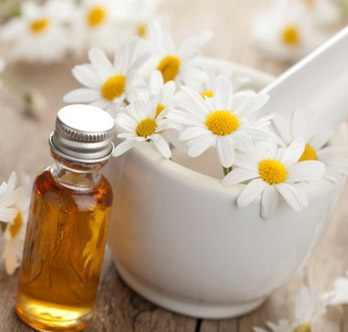 Chamomile hydrosol:   retains all of the healing benefits of chamomile in a water-based solution.    ewg = 1