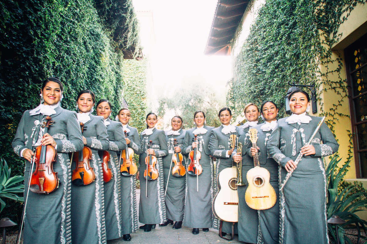 the mariachi pasion.png