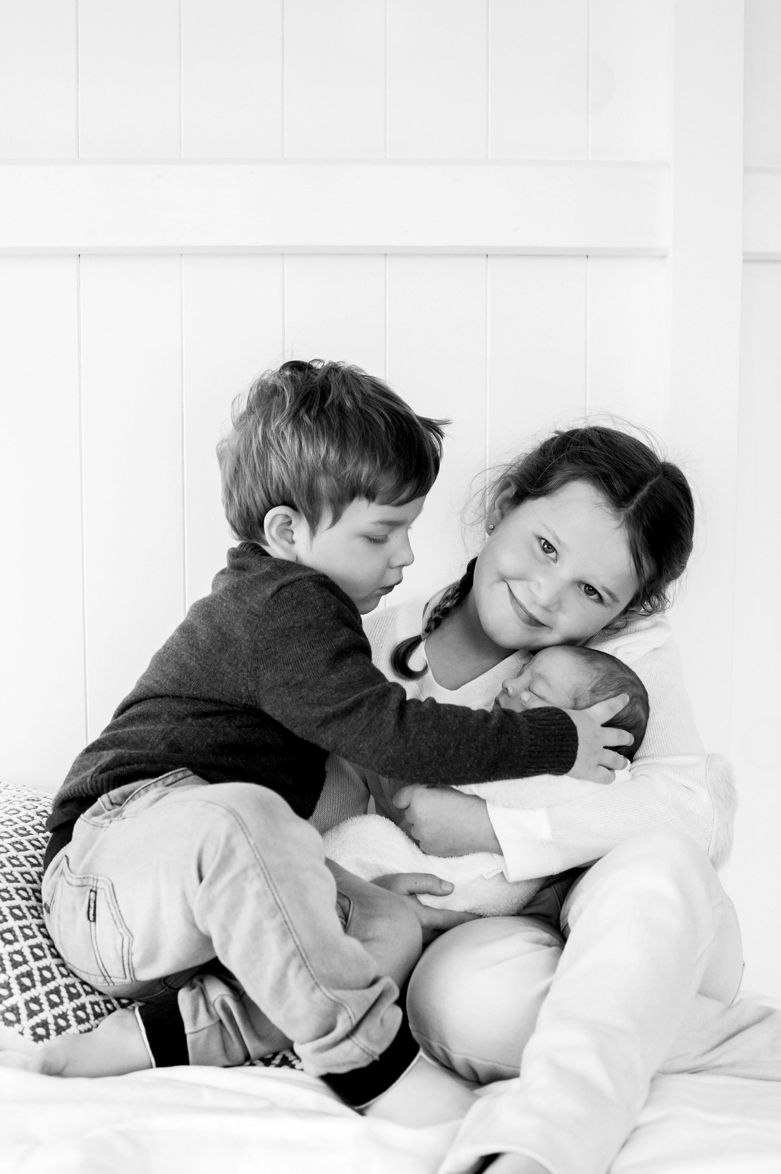 newborn photographer tarragindi