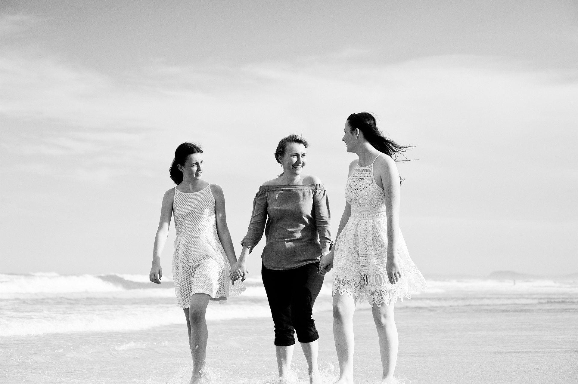 family beach portraits main beach queensland