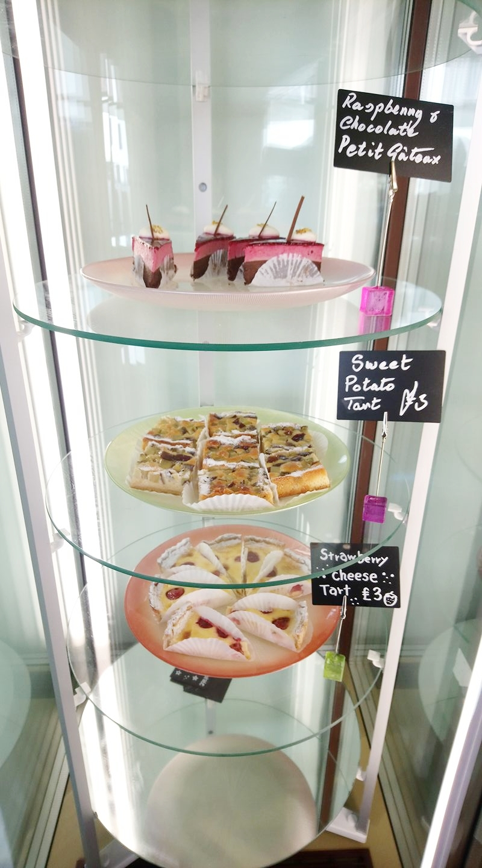 Kanako's cakes.jpg