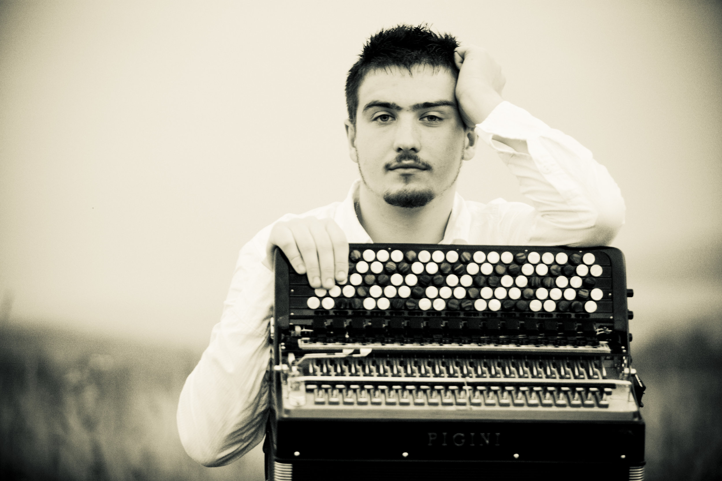 BARTOSZ GLOWACKI - Photo.jpg