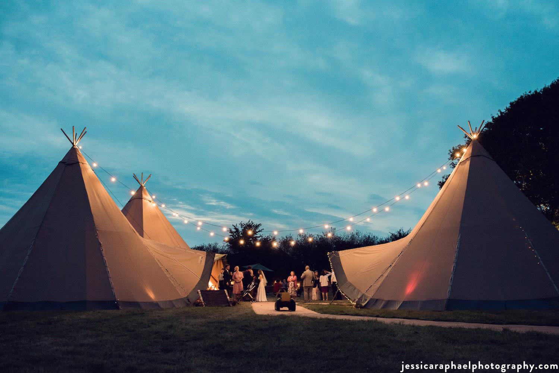 tipi_wedding_wiltshire.jpg
