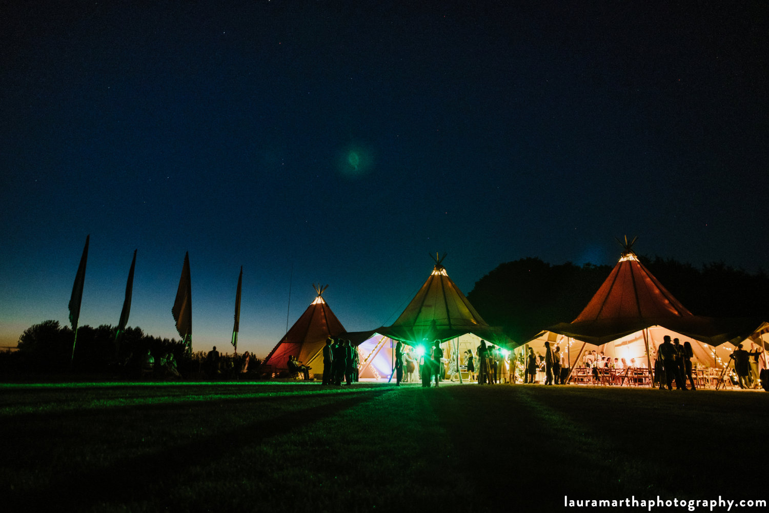 Cotswolds_tipi_wedding_Buffalo.jpg