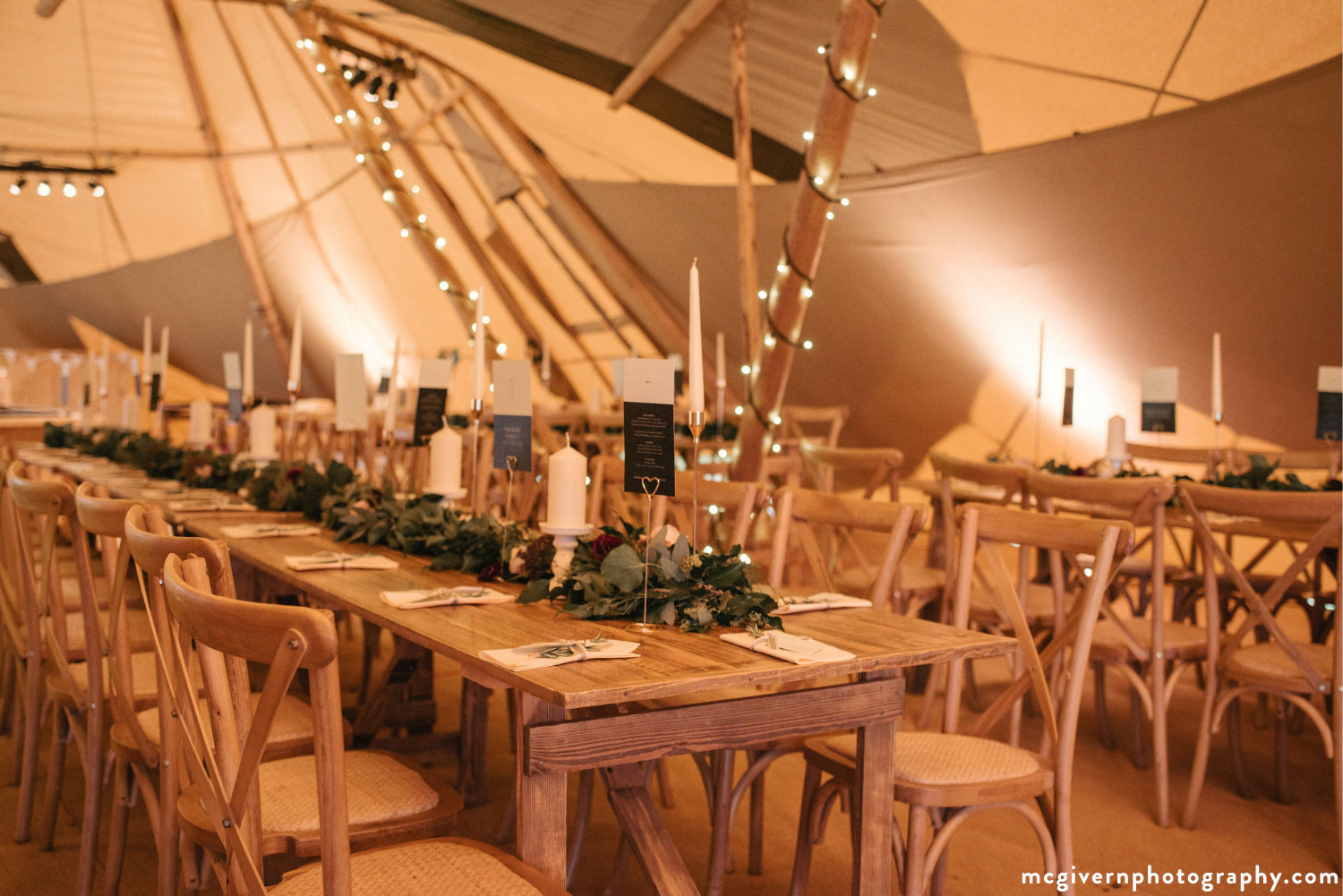Cotswold_tipi_wedding1.jpg