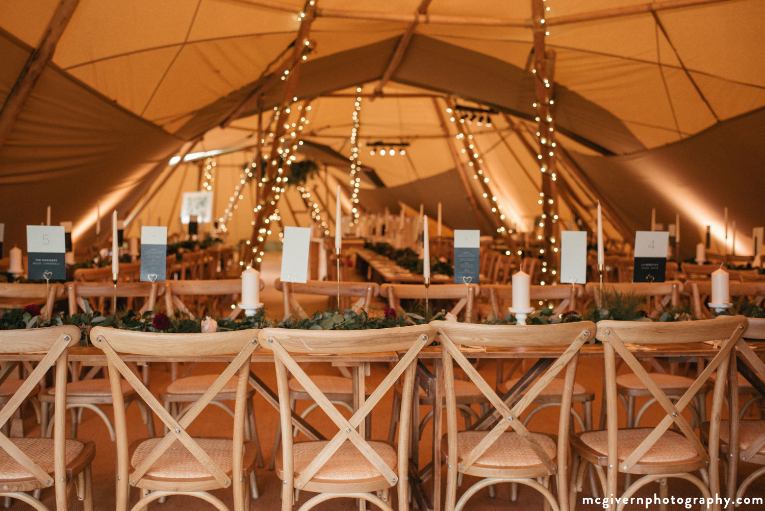 Cotswold_tipi_wedding.jpg