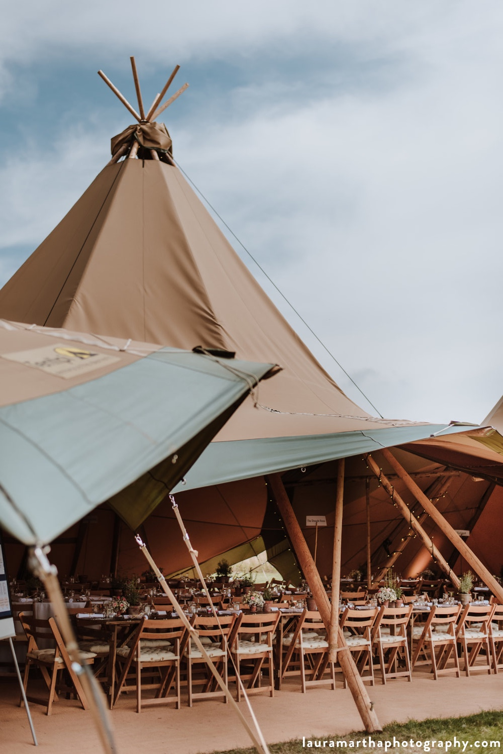 Cotswolds_Buffalo_tipi_event.jpg