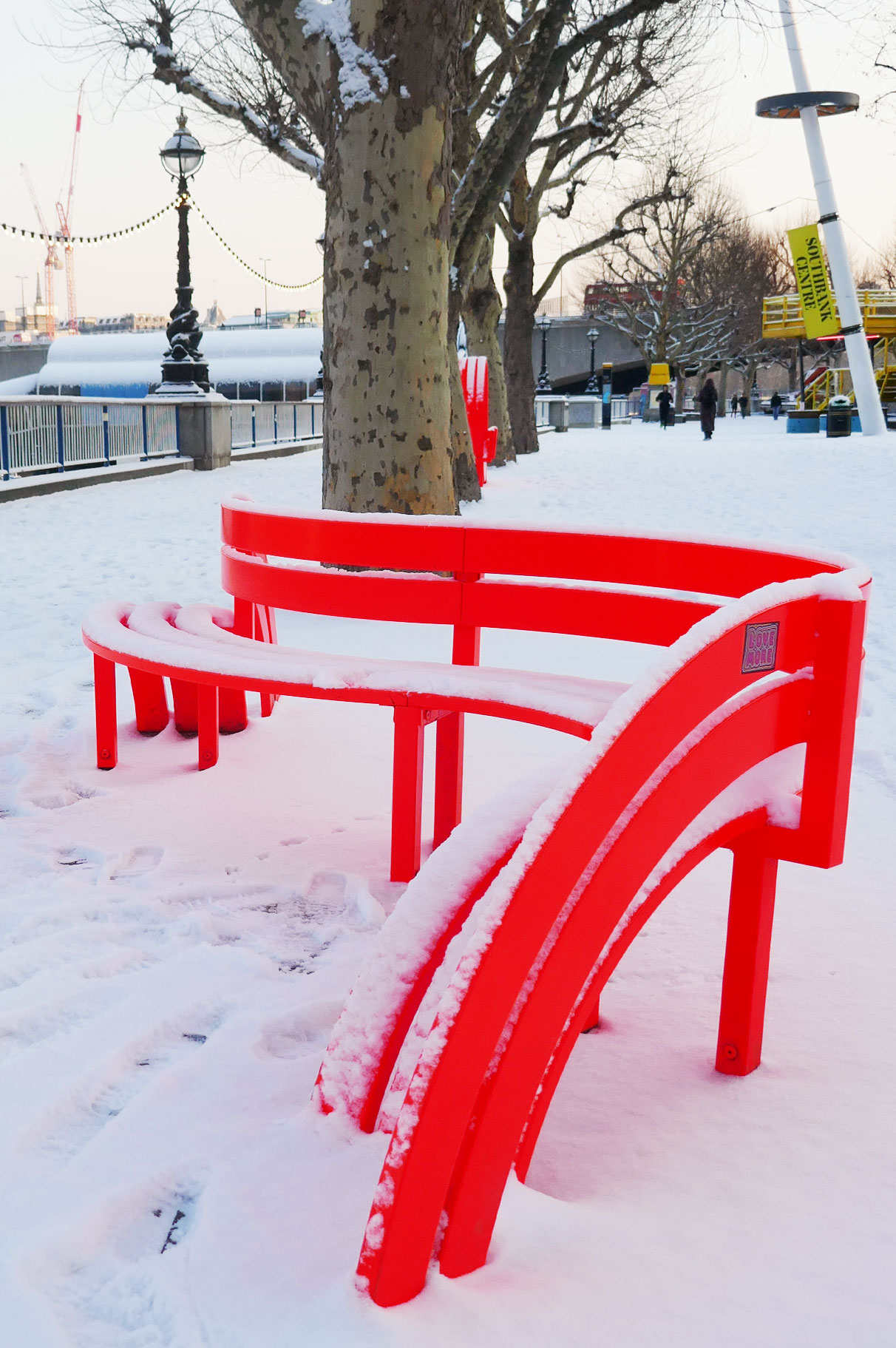 Hooray_snow_bench2.jpg