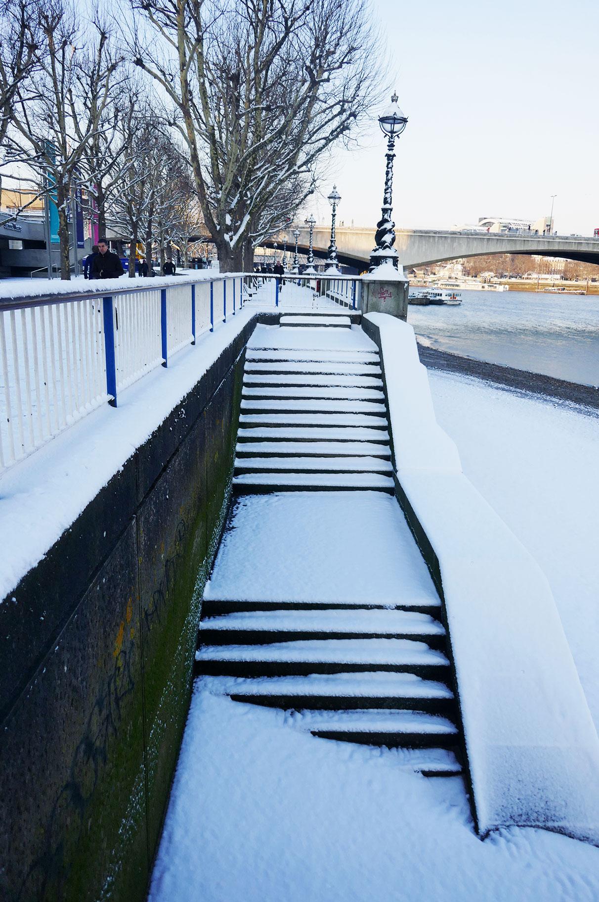 Hooray_snow_stairs.jpg